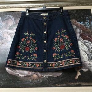 Embroidered Denim Mini Skirt sz Large